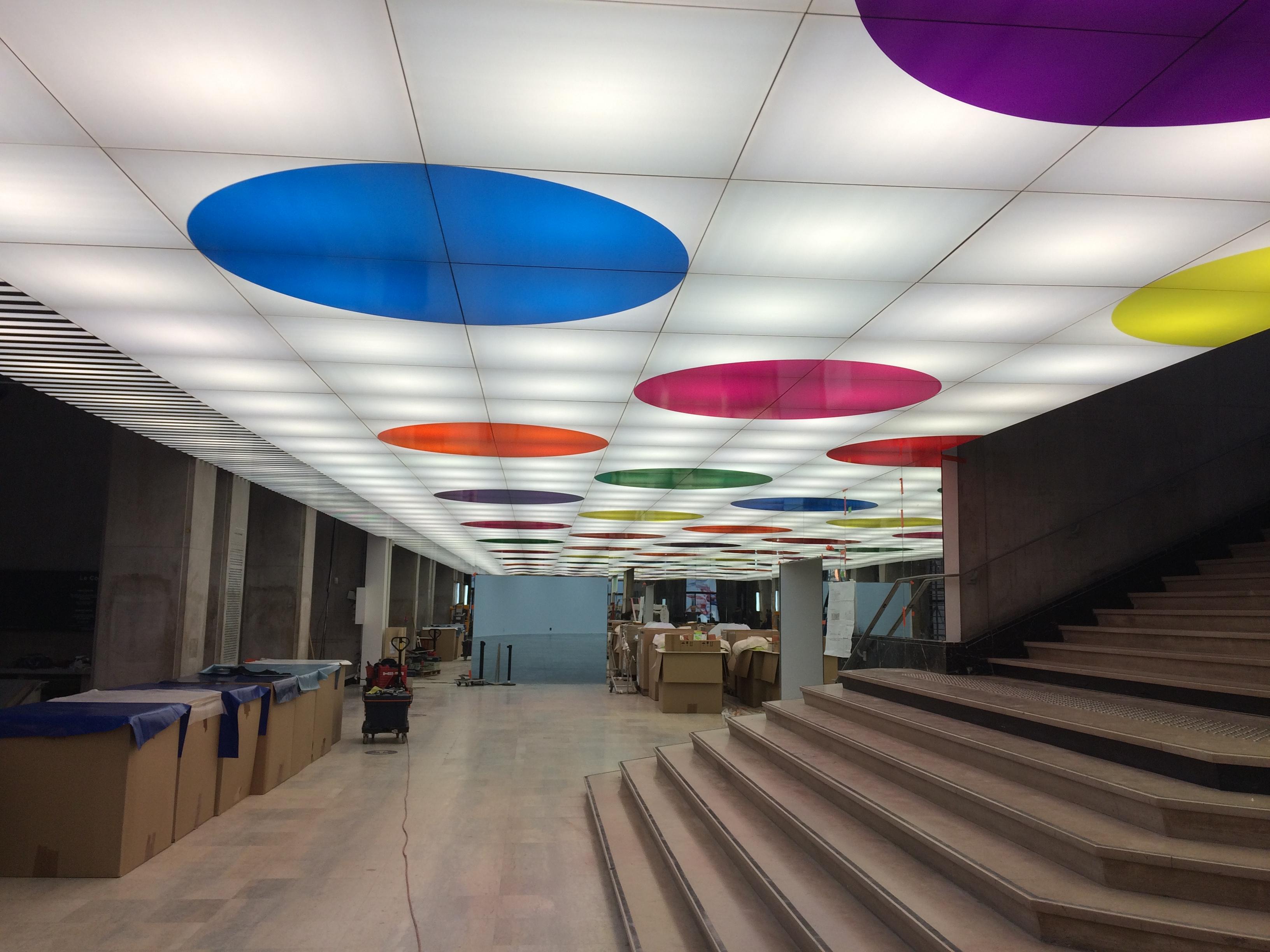 Plafond suspendu D. BURREN, Palais de Tokyo 2016, Paris